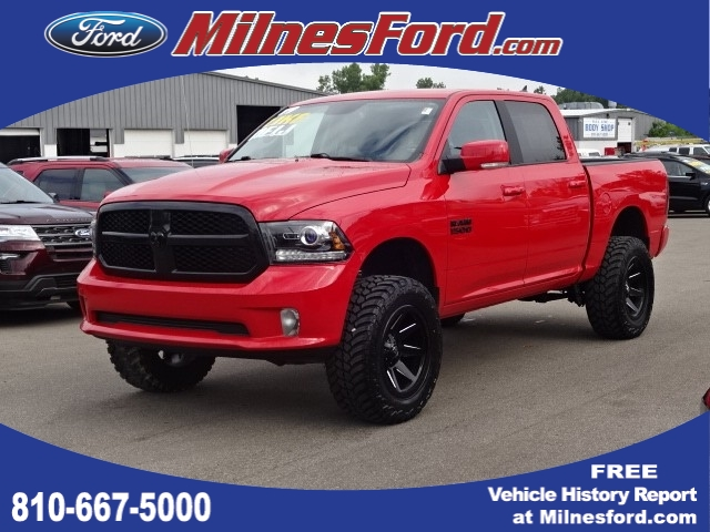 Pre-Owned 2017 RAM 1500 Night