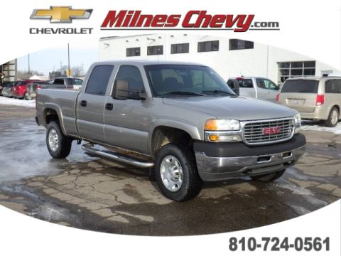 Pre-Owned 2002 GMC Sierra 2500HD